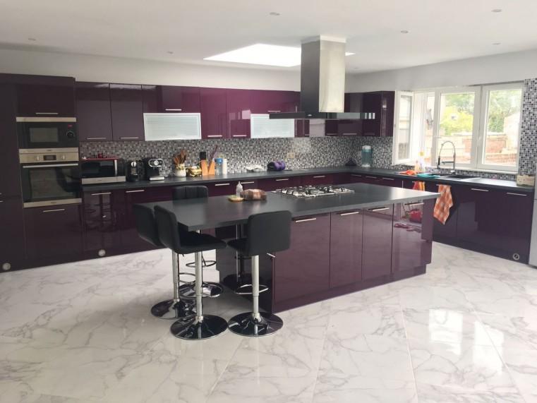 nos cuisines quip es sur mesure pas cher achat prix. Black Bedroom Furniture Sets. Home Design Ideas
